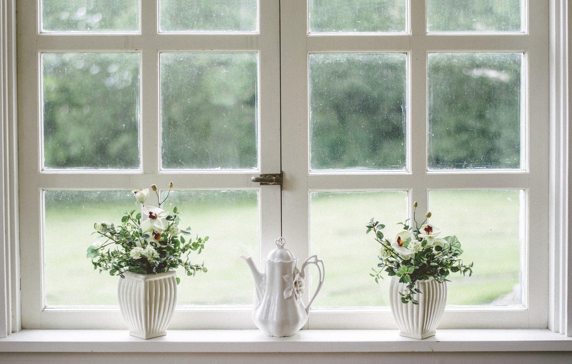 Hvordan pudser man vinduer